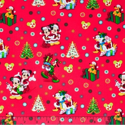 Mickey & Friends Cool Yule
